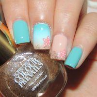 Starfish beach nail art