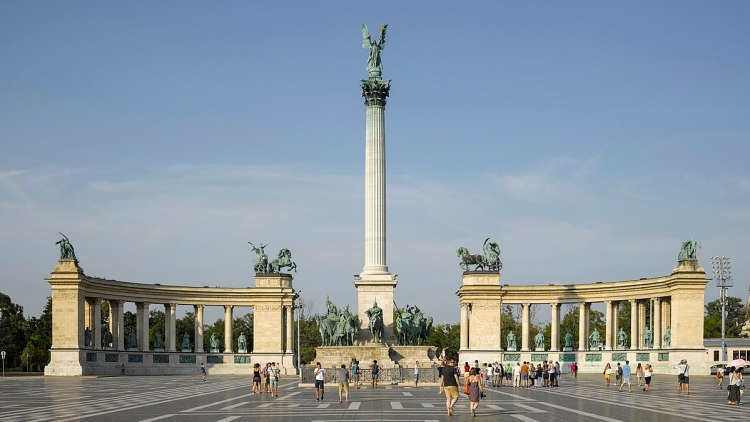 heroes square budapest