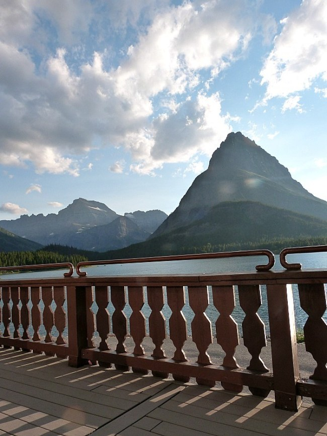 Many Glacier Hotel in Glacier National Park in Montana - a Rocky Mountain Road Trip must