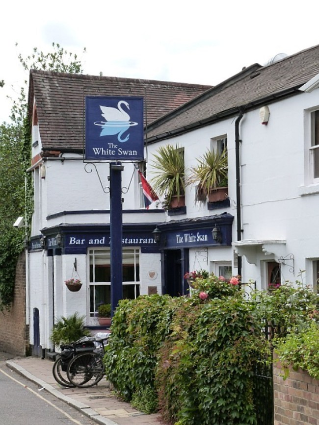 My favorite pub in Richmond, The White Swan