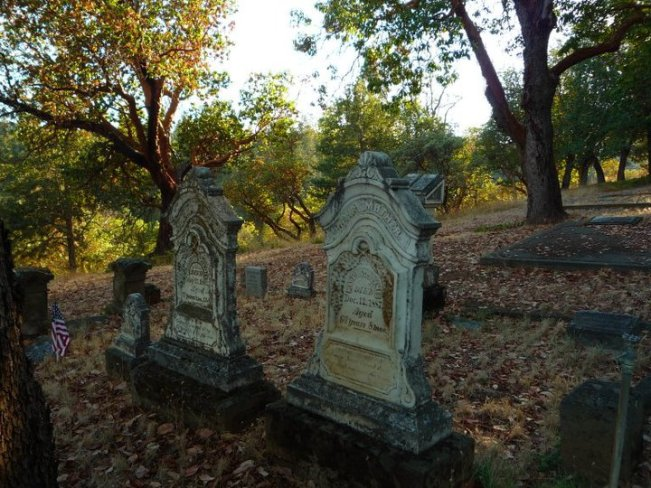 Jacksonville Cemetery in Oregon - one of the best cemeteries to visit around the world
