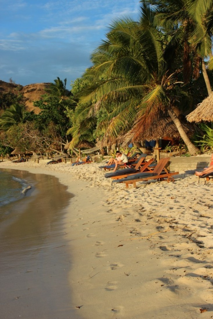 Relaxing at the beach on Nacula Island in the Yasawa Islands of Fiji. | The World on my Necklace