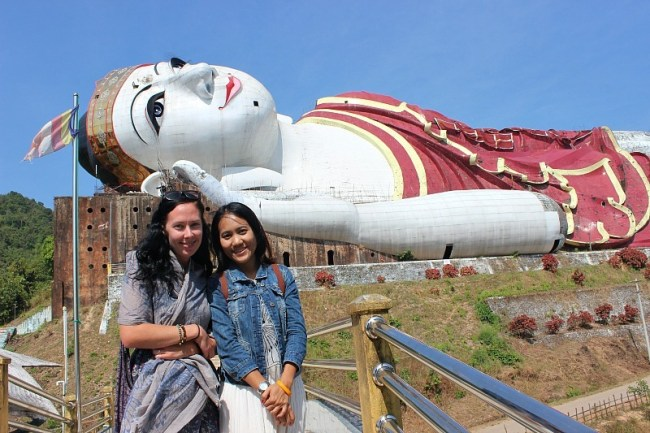 A new friend at the World's largest Buddha during month six of digital nomad life