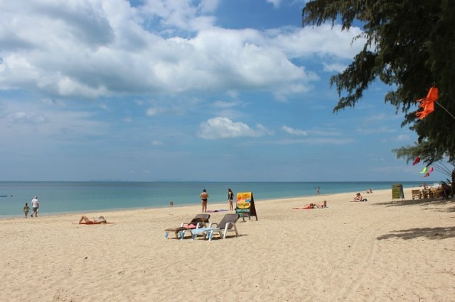 Long beach on Koh Lanta