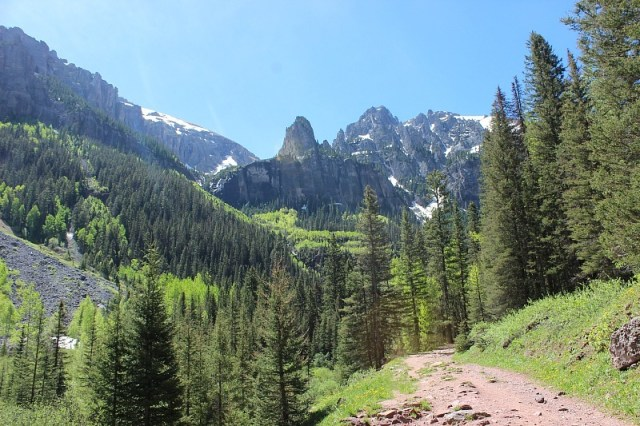 Hiking in the Mountains around Telluride during month 12 of digital nomad life