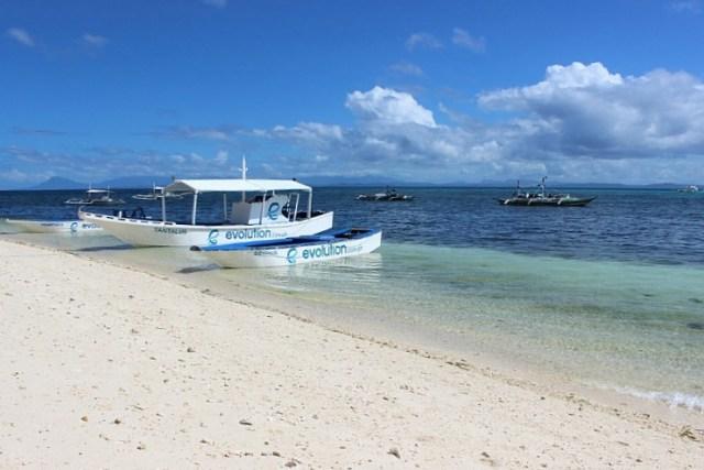 boats-at-malapascua-island