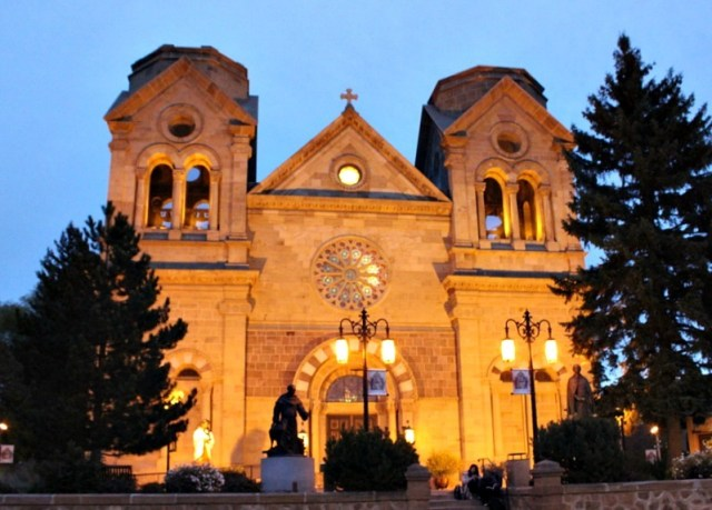 Visiting churches in Santa Fe New Mexico during month 17 of digital nomad life