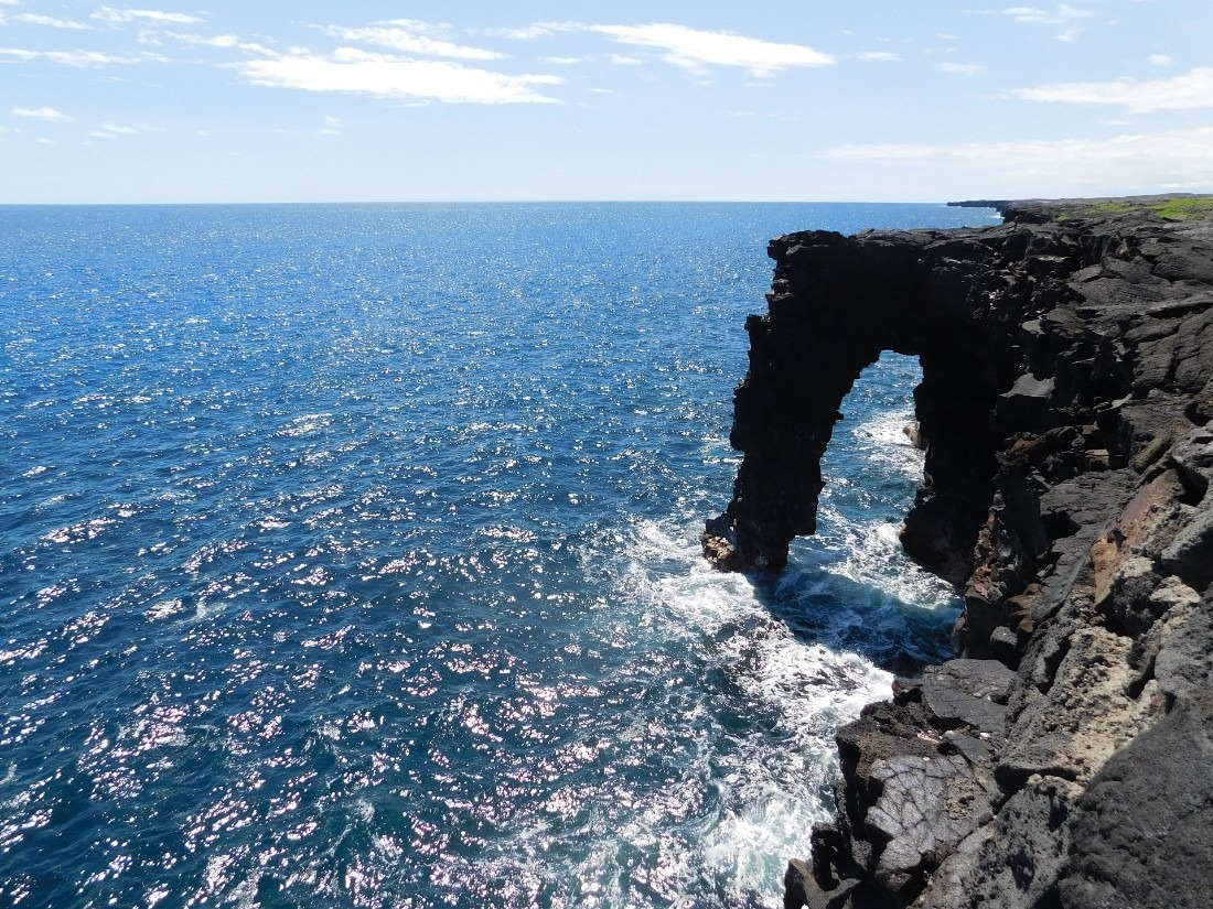 Holei Sea Arch in Hawaii Volcanoes National Park - a highlight of 7 days in Hawaii