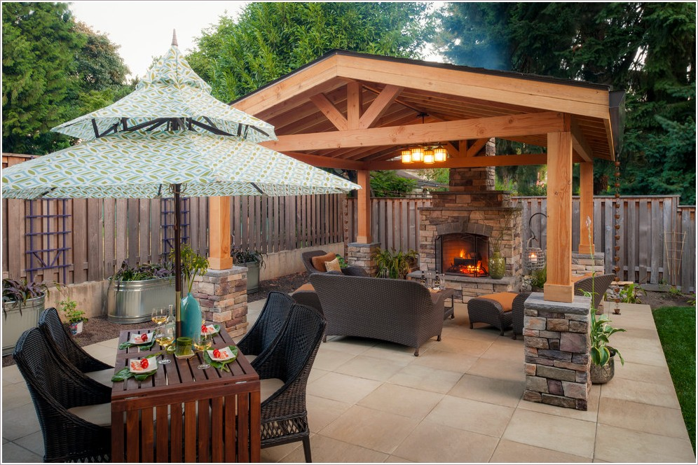 Backyard Living Space Ideas