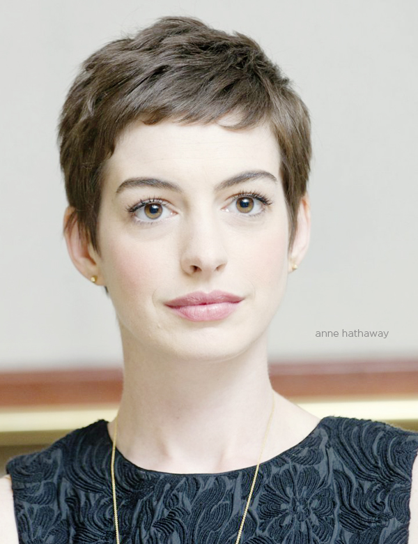 https://i0.wp.com/thewowstyle.com/wp-content/uploads/2015/04/anne-hathaway-pixie-haircut-brunch-at-saks.jpg