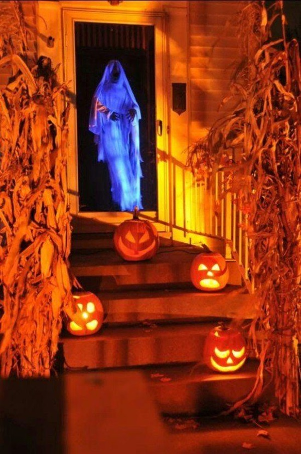 50 Awesome Halloween Decorations to Make This Year