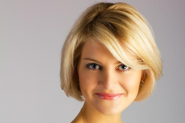 Medium Short Hair Cuts For Round Faces Thick Hairstyles