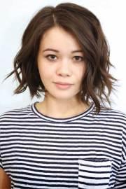beautiful short wavy hairstyles