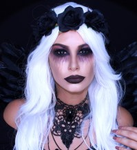 50 Breathtaking Halloween Makeup Ideas