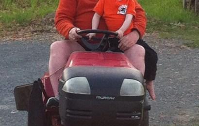 Redneck Grandpa: Farmin'