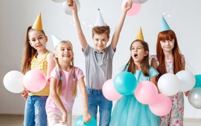 HOW TO HAVE A GIFTLESS PARTY AT A KIDS PARTY ENTERTAINMENT PLACE?