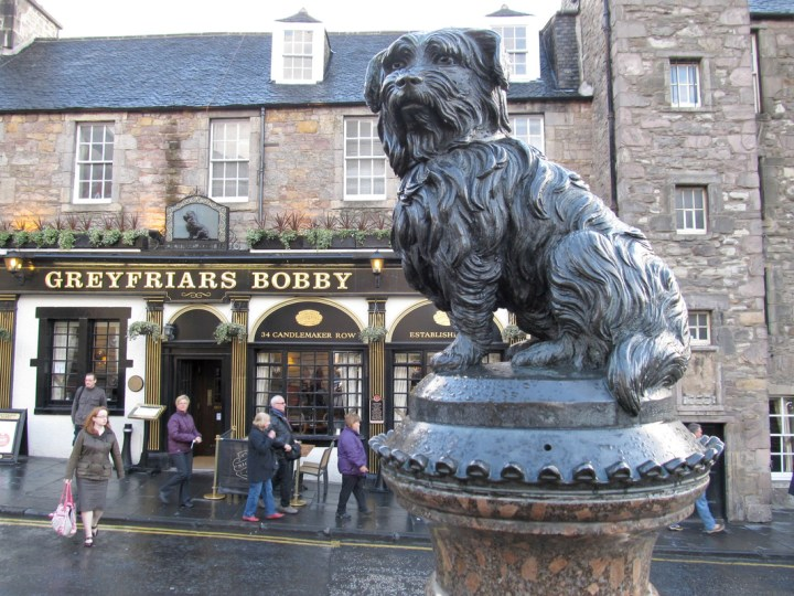 Life-size sculpture of Greyfriars Bobby