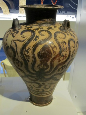 Pottery at the Odysseys exhibit