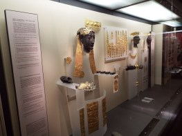 Gold artifacts found at Delphi