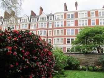 Ridgemount Hotel garden
