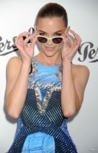 1793-jaime-king-slicked-her-hair-back-in-a-592x0-2
