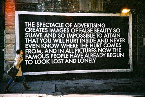 The Spectacle of Advertising © Lenbuster Syftningsfel Flickr.com