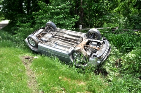 Car Crash © Bill Longshaw | freedigitalphotos.net