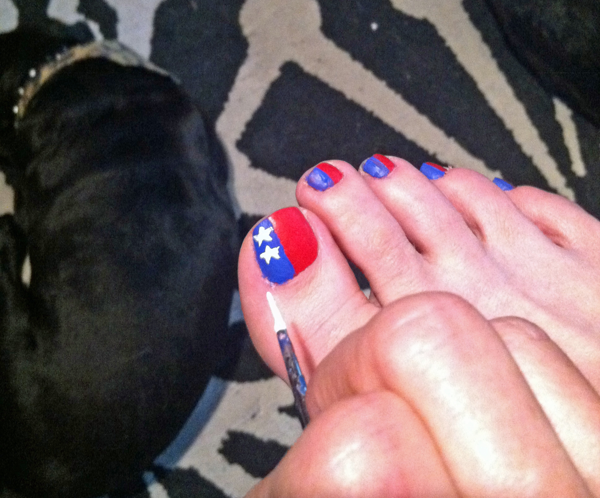 StarSpangled Toes A Patriotic 4th of July Nail Art