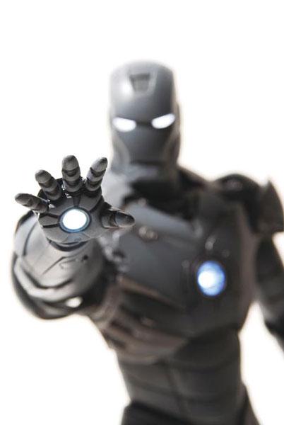iron-man-tk-silly-thing-gun-metal-2