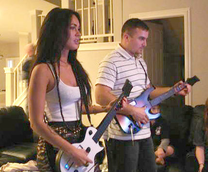 megan-fox-guitar-hero