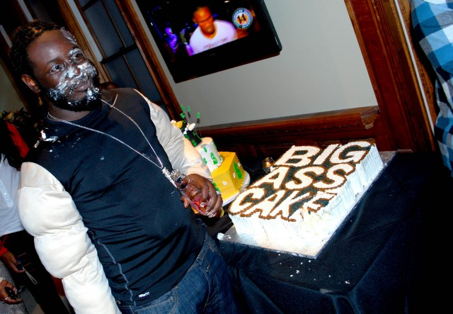 t-pain big ass cake