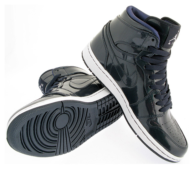 air-jordan-1-high-premier-metallic-zinc-dark-obsidian-3