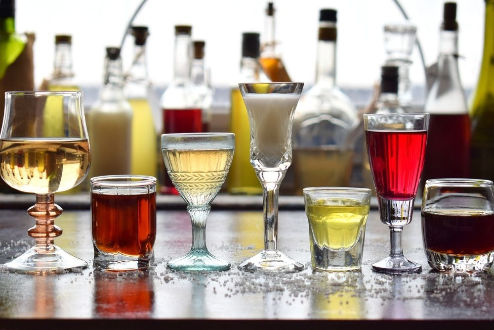 can drinking alcohol give you blurry vision