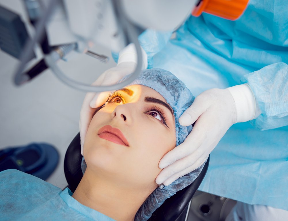 Quick Guide To LASIK And PRK 2