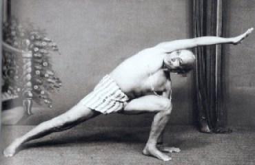 Krishnamacharya, Utthita Parsvakonasana