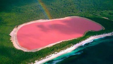 Australia's Pink Lake Hillier Fast Facts
