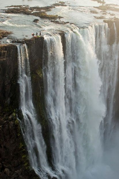 The Great Victoria Falls - Devils Pool Facts