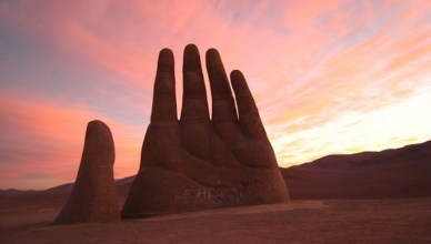 Mano del Desierto Facts - Weirdly Unique Large-Hand Sculpture In The Desert