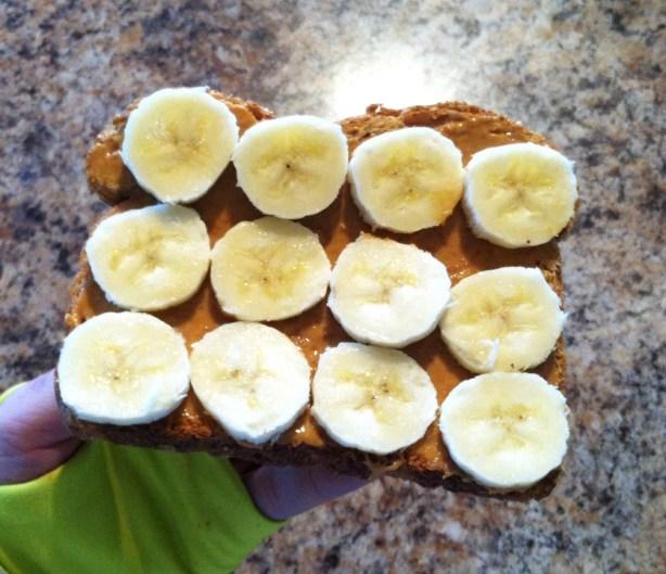 peanut butter banana toastt