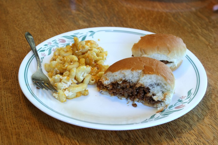 sloppy joes + mac&cheese