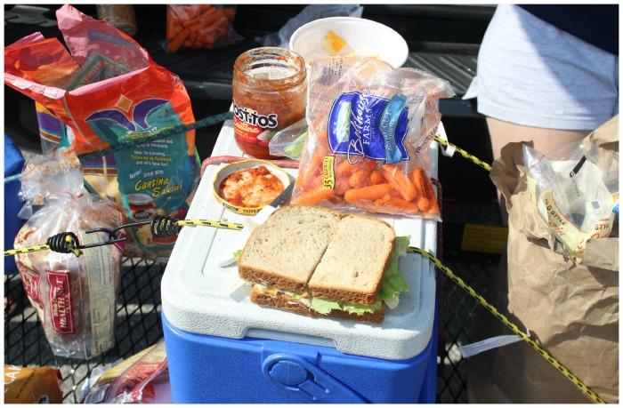 sandwich picnic