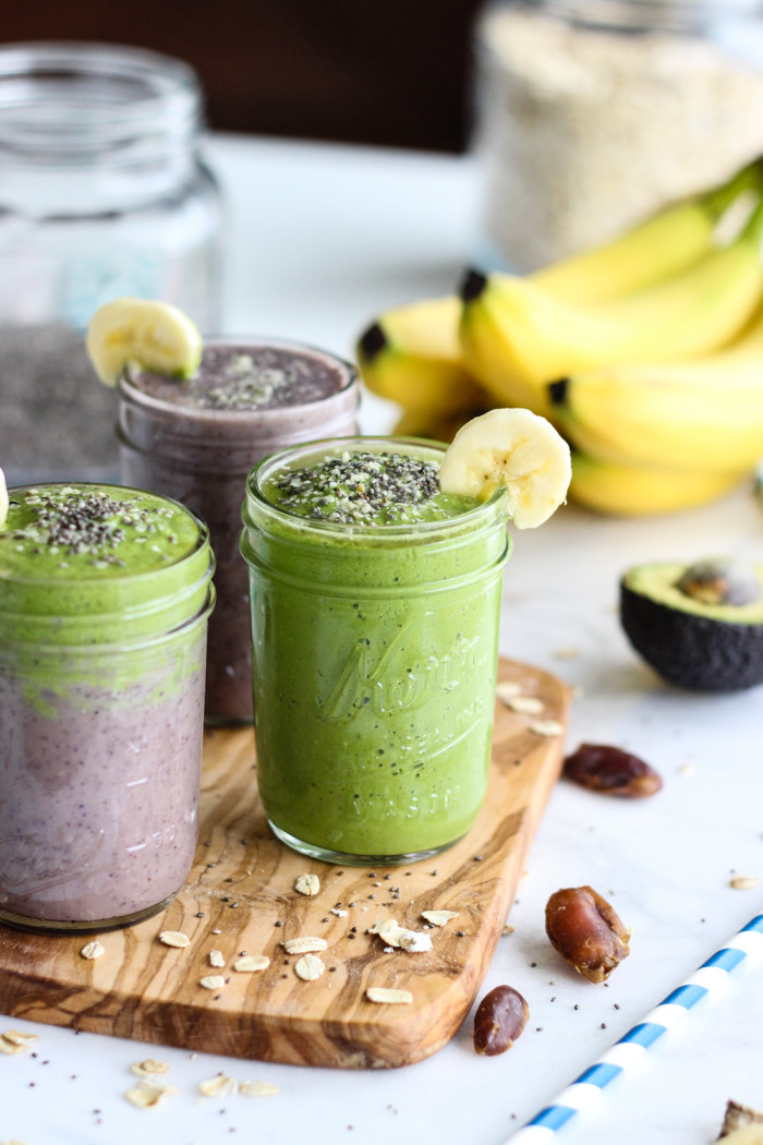 Healthy Acai and Green Warrior Smoothie - loaded with antioxidants and so good for you! | The Yooper Girl-6