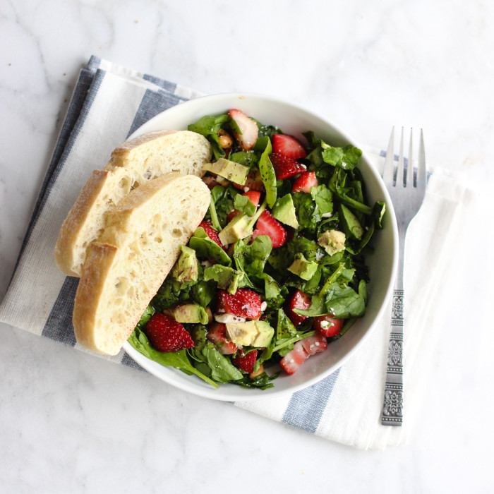 strawberry cashew avocado salad