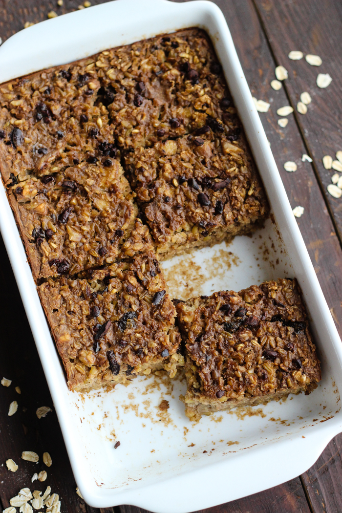 Oatmeal Freekeh Breakfast Bake with walnuts, cacao nibs, and raisins - The Yooper Girl