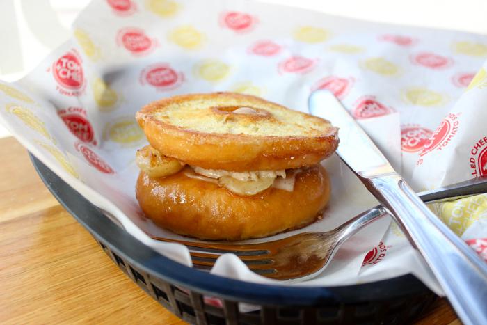 grilled doughnuts mozzarela peanut butter banana