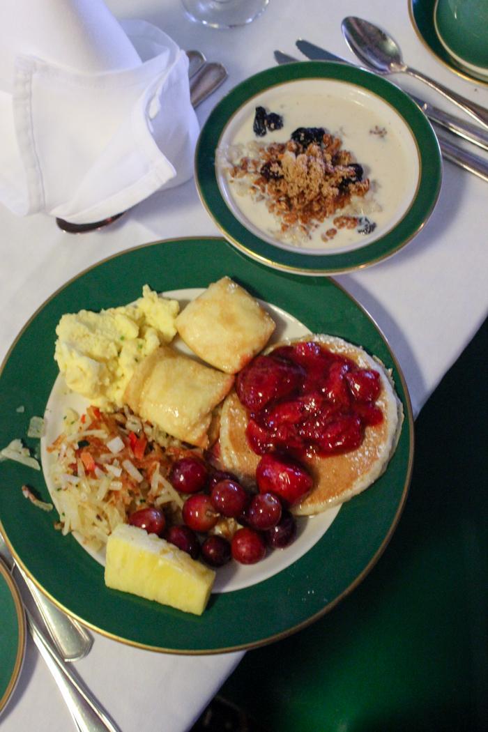 grand hotel breakfastt