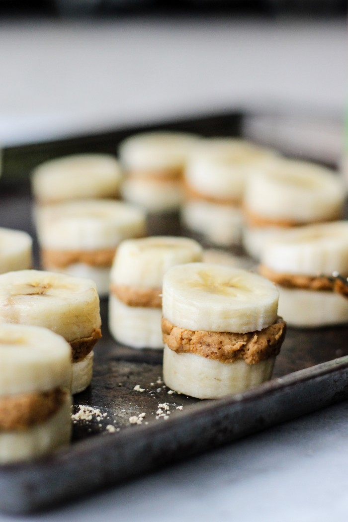 Easy Peanut Butter Banana Freezer Bites