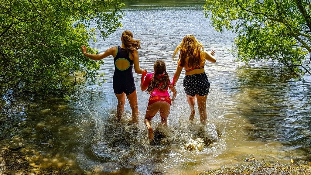 splashing in Gormire Lake