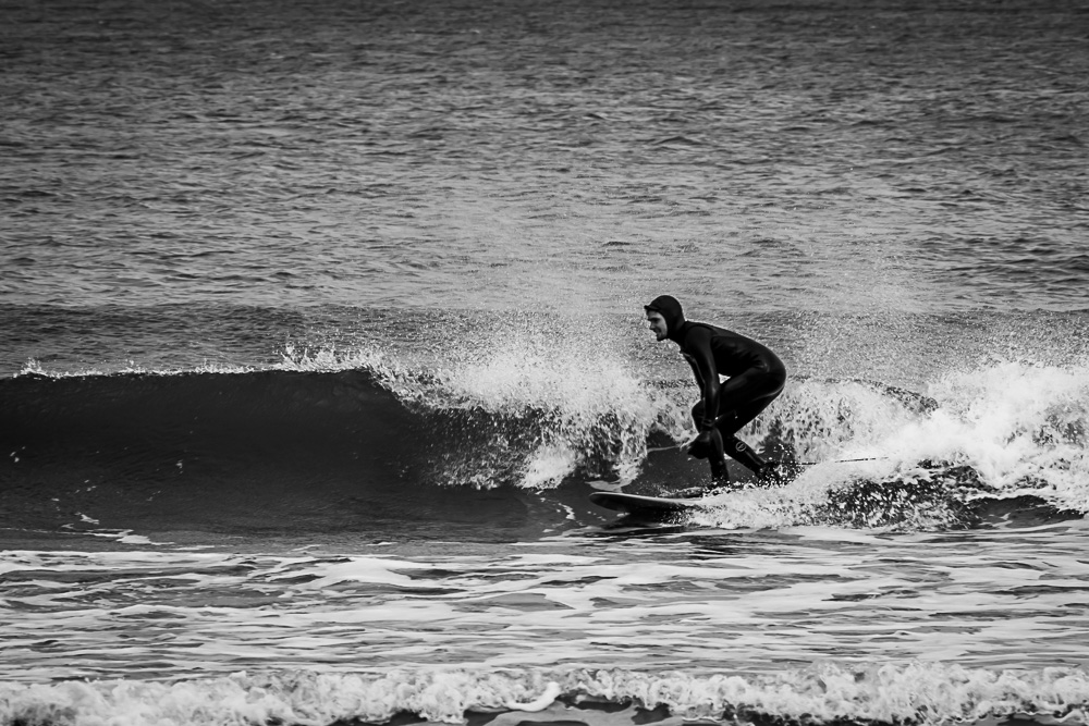 Saltburn-by-the-Sea surfer surfing