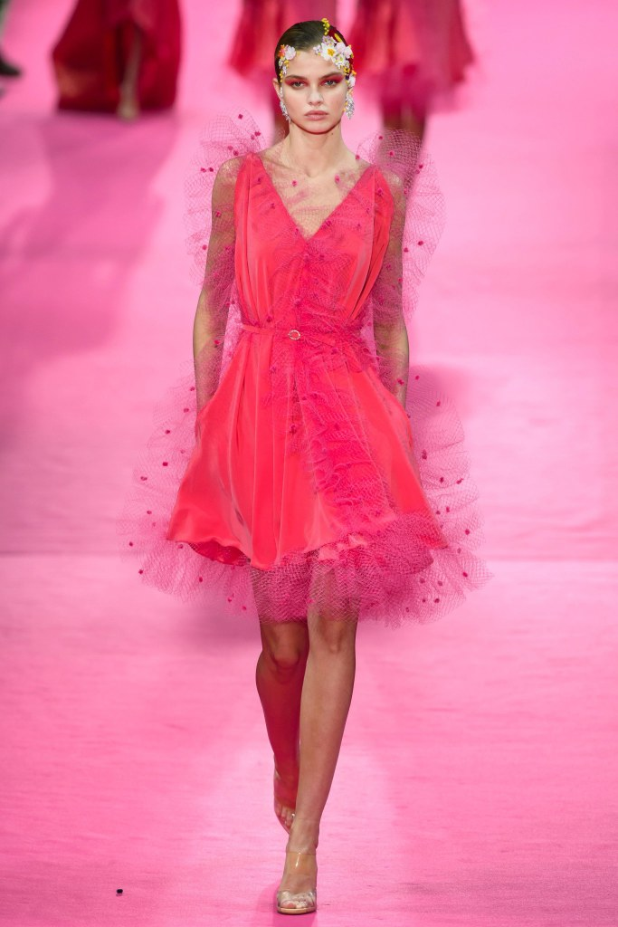 couture spring 2019 runway fashion style valentine's day romantic pink red inspiration alexis mabille